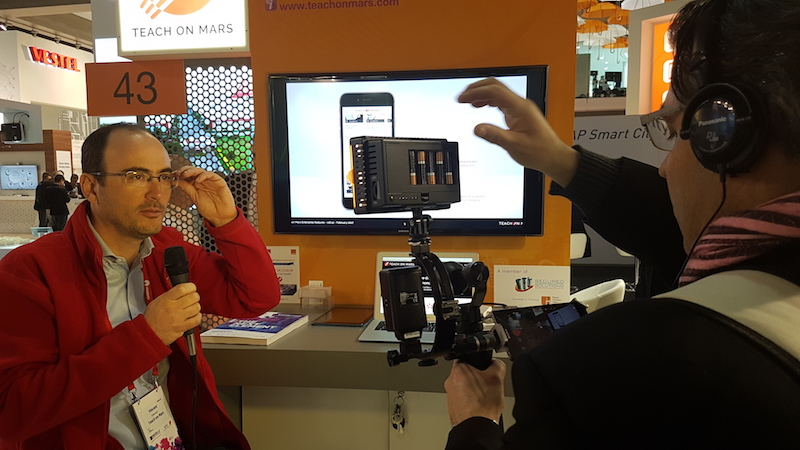 Mobile World Congress Barcelone 2017 - Vincent Desnot, CEO de Teach on Mars, enchaîne les interviews !