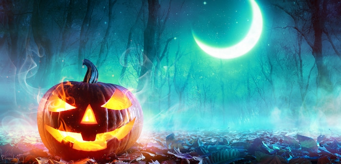 This autumn, Halloween is coming to haunt your smartphone! Are you ready for it?